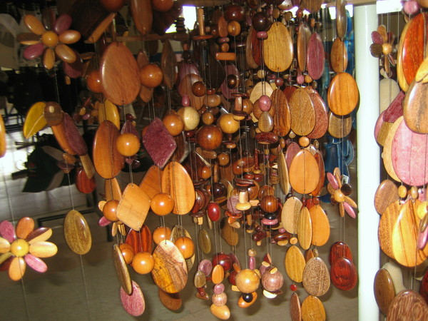 Colosus handicraft where handicrafts made with love for Waste material handicraft